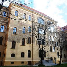 Raoul Wallenberg Szakgimnázium és Szakközépiskola (Forrás: terezvaros.hu)