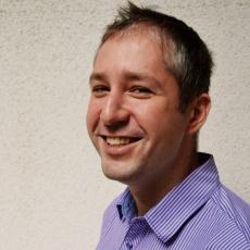 Dr. Radánovics-Nagy Dániel fogorvos